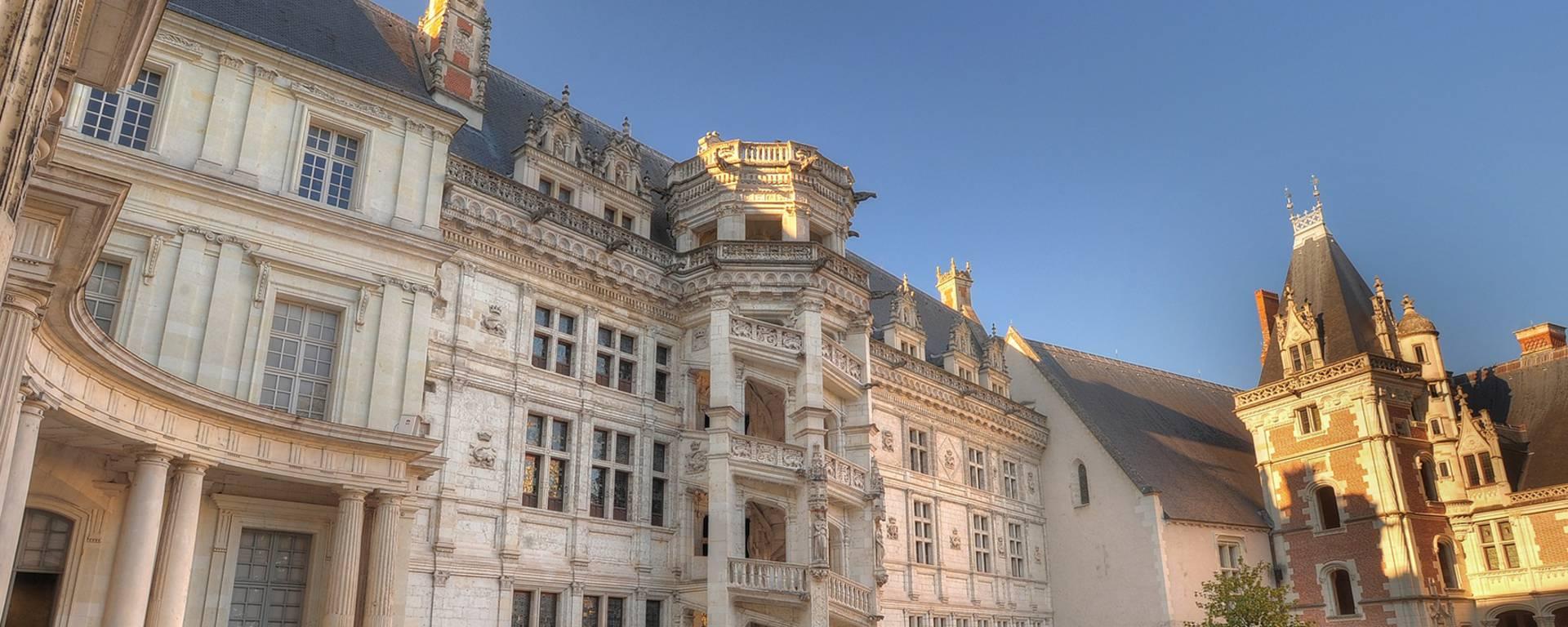 """Die Treppe """"François Ier"""" im Schloss von Blois © Leonard de Serres"""
