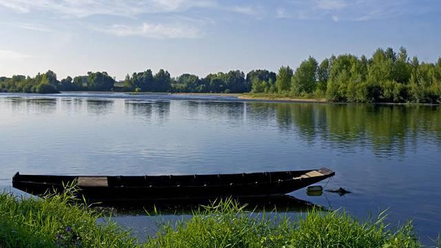 Ruderboot an der Loire © Michel Angot
