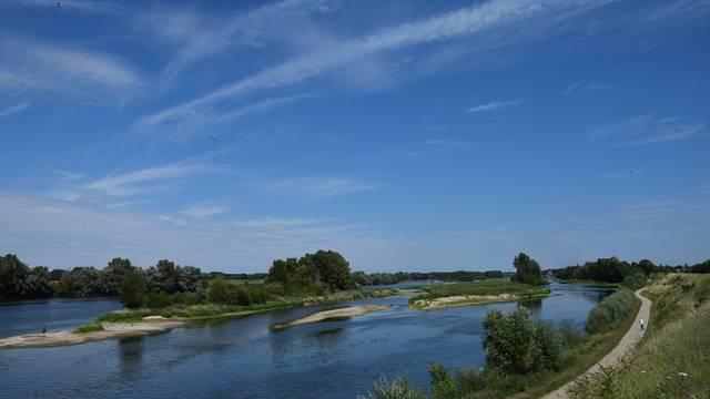Am Ufer der Loire © OTBC