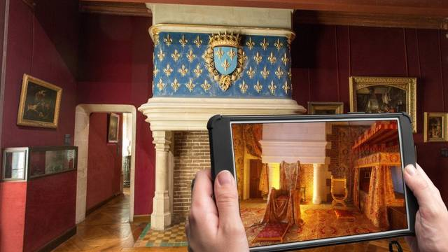 Tablet in Blois