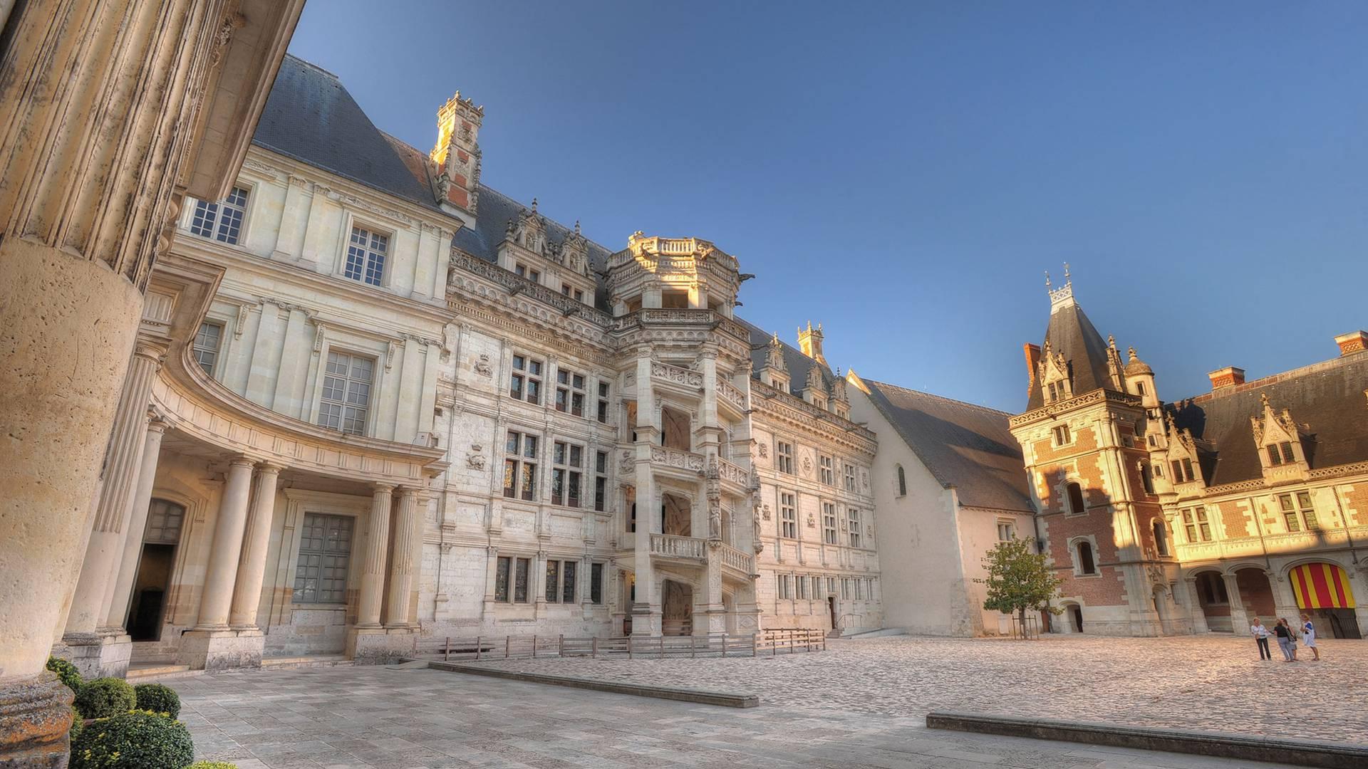 Schloss zu Blois, die Treppe François 1er