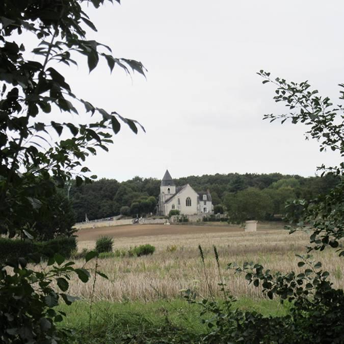 Die Kirche St Secondin in Molineuf im Tal der Cisse